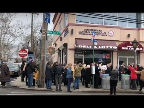 Gun violence protest outside Rep. Donovan's office