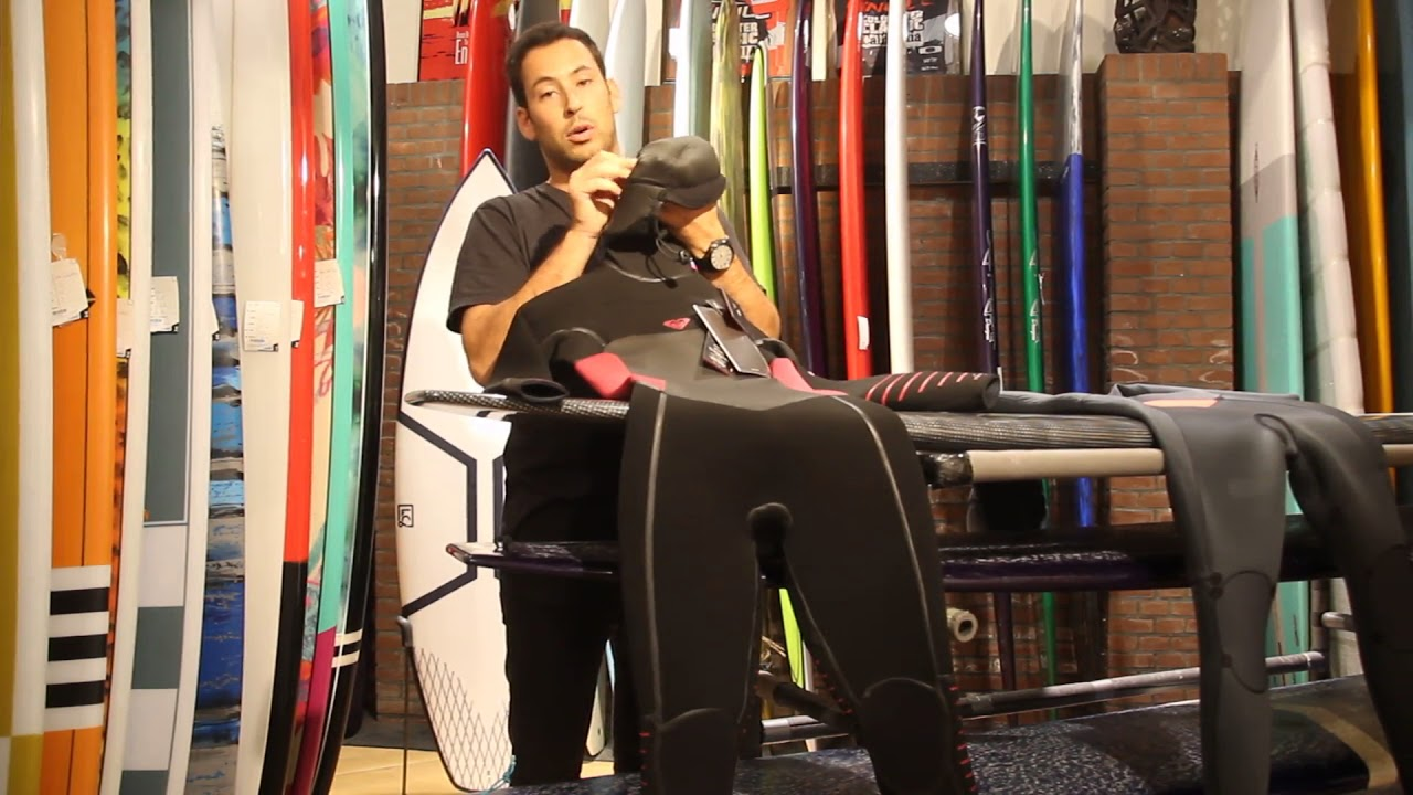 Roxy 5 4 3 Syncro Plus Lfs Hooded Dames wetsuit - YouTube 1d25e0afe0a
