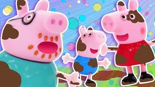 Peppa Pig Rolls In Mud! | Baby Shark Song | WigglePop