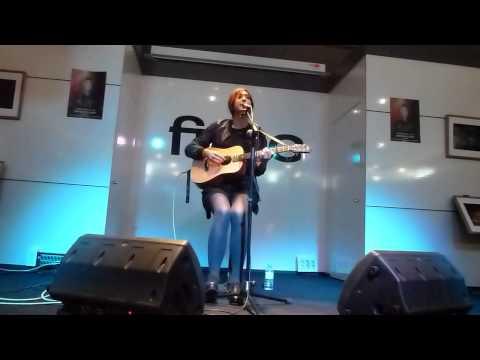 Anni B Sweet - Motorway (FNAC Murcia 10/11/2012)