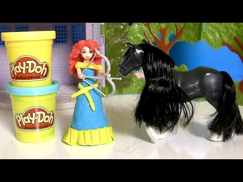 MagiClip Disney Pixar Brave Castle & Forest Playset with Princess Merida Play Doh Magic Clip Fashion