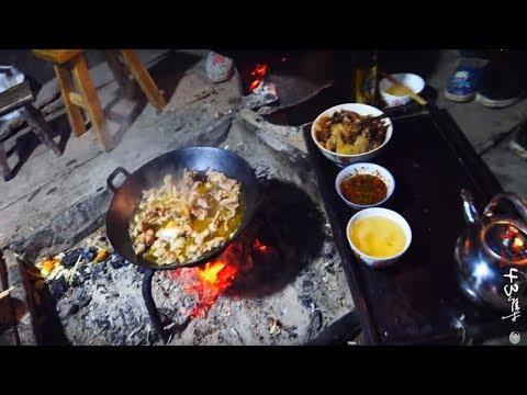 農村的年夜飯:大年30就吃這些土貨,太豐盛了一家人根本吃不完