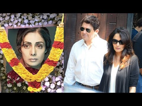 Emotional Madhuri Dixit Breaks Down At Sridevi's Funeral In Mumbai
