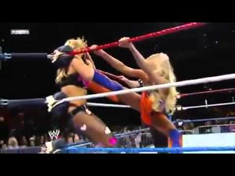 WWE Superstars Natalya vs Summer Rae