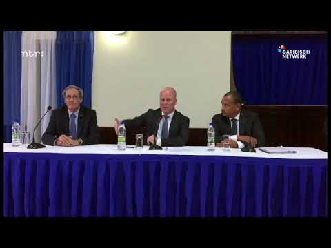 Question about elections during town hall meeting at St.Eustatius