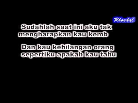 Lirik Lagu B I P - Orang Sepertiku By Rhoedal
