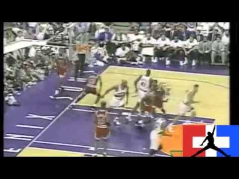 Michael Jordan gets crossed by Kevin Johnson (and falls)
