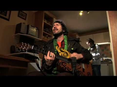 Super Furry Animals - Run Away on YouTube