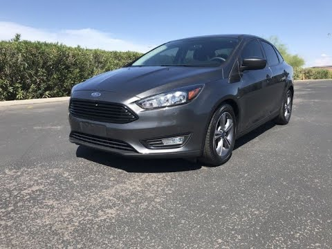 FAST AND EASY FINANCING ! CALL NOW!   2018 Ford Focus SE One Owner Car! 38 MPG Sedan (Tempe,...