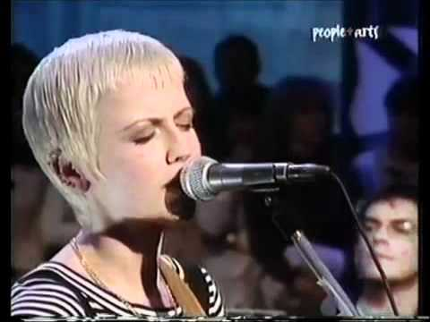 The Cranberries - Dreaming my dreams