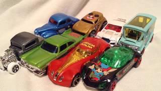 Hot Wheels 2018 Walmart Exclusive Disney Mickey Mouse 90th Birthday / Anniversary Set