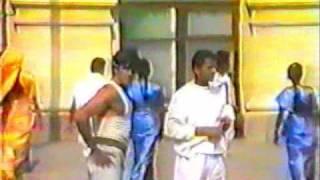Khiladiyon Ka Khiladi (1996) -