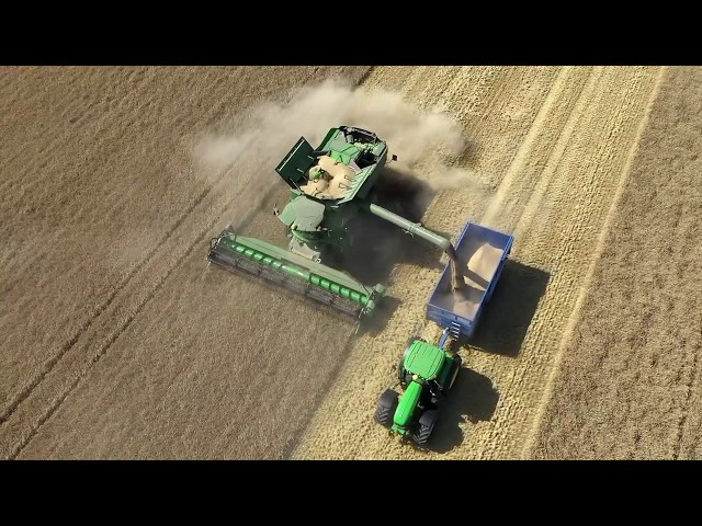John Deere | Experience the S770 in the field