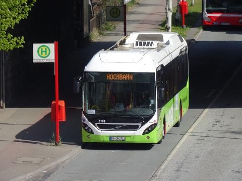 Hamburger Hochbahn - Hamburg Bus Action Compilation