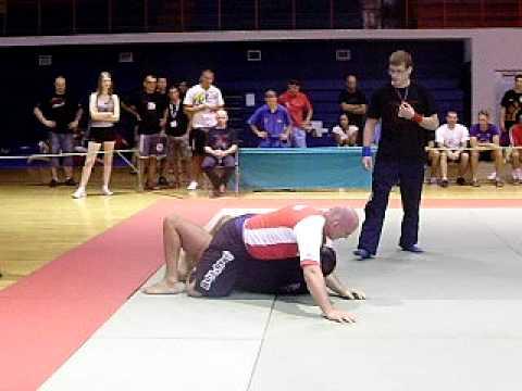 Ban u akciji - World Grappling Championship - Croatia Djakovo 2010.AVI