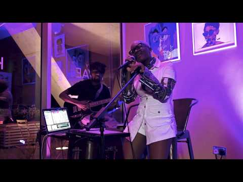 Amaarae - The Obsolete Truth  (Live at Cafe Kwae)
