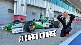 شاهد: كيف تتعلم قيادة سيارات فورمولا 1 في دبي خلال ساعة واحدة فقط