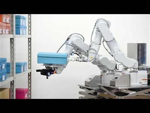 Hitachi's Robot May Replace Warehouse Workers