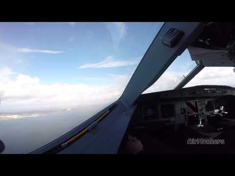 Funchal/Madeira Airbus A320 Takeoff - watch the Sidestick-work