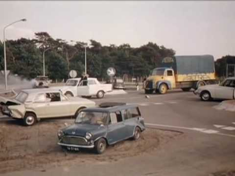 Road mayhem choreographed by Jacques Tati