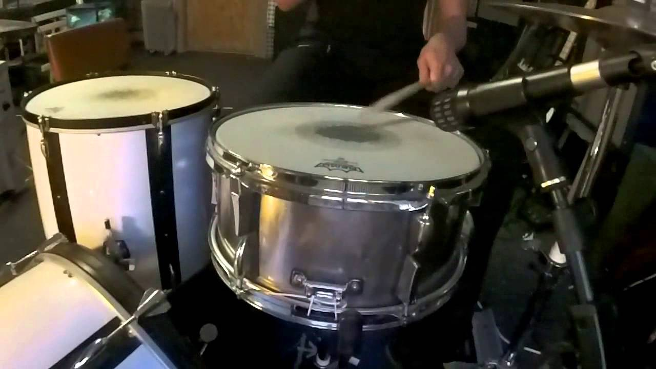 snare drum you and your instrument assignment Welcome to linux multi media studio assignment  snare drum etc  your first melody choosing the instrument you've got the default screen in front of you a.