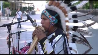 Национальная музыка латиноамериканских индейцев - в центре Астрахани
