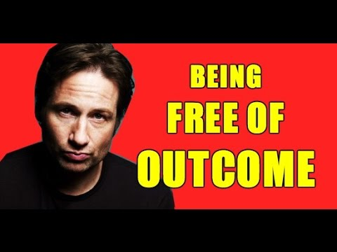 How to Think & Flirt Like Hank Moody - Secret to Freedom of Outcome - Alpha Male Breakdown