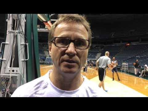 Brooks: Shootaround in Milwaukee