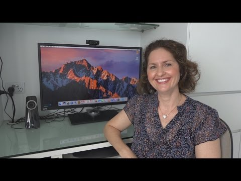Mum Tries Out macOS Sierra 10.12 (2016)