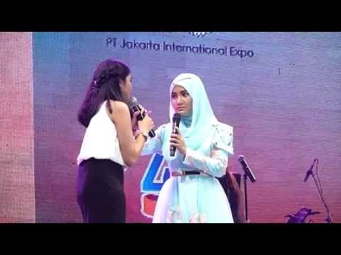 Fatin Shidqia ft Iin Nur Indah - Love Me Like You (Jakarta Fair 2015)