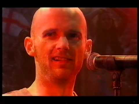 Moby, James Bond Theme, live at Glastonbury 2000