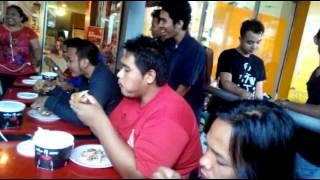 KFC Hot Bucket Challenge - KFC Ramayana Serang