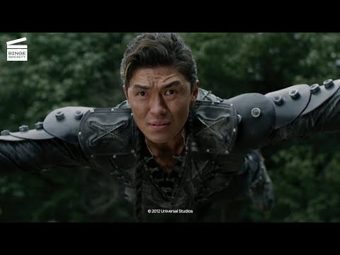 Download The Man with the Iron Fists: Zen Yi VS Rodent clan HD CLIP