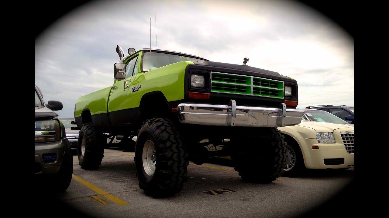 1986 Dodge Power Ram 4X4 Start Up & Rev ( Jacked Up ) - YouTube