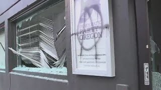 Protesters smash windows at Democratic Party HQ in Northeast