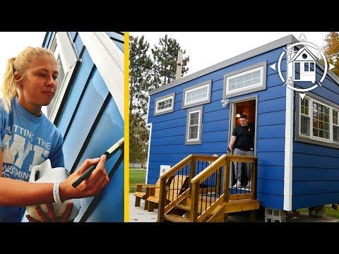 College Students Build Tiny House as a Dorm Room Alternative