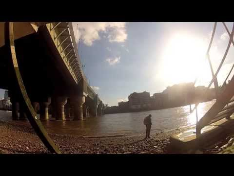 Mudlarking by the dock on the Bay(Thames)