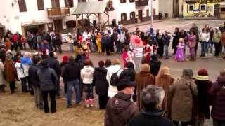italian carnival parade - Mascherata di Padola 19 2 2012