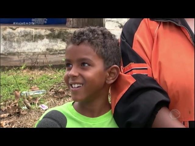 Pais e filhos reúnem forças para retomar a rotina em Brumadinho (MG)