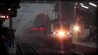 [HD] Raging WAP-7 Sealdah Rajdhani blows up dust at twilight !!!