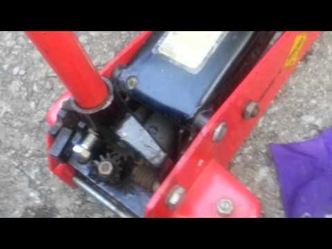 Floor Jack won't pump up