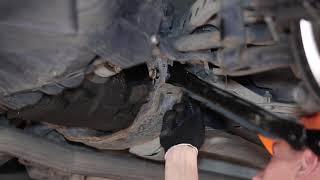 Comment remplacer des triangle de suspension arrière sur une BMW X3 E83 TUTORIEL | AUTODOC