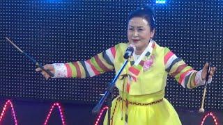 ?단비품바 영등포푸른극장공연 봄을알리는 노란컨셉 화려합…