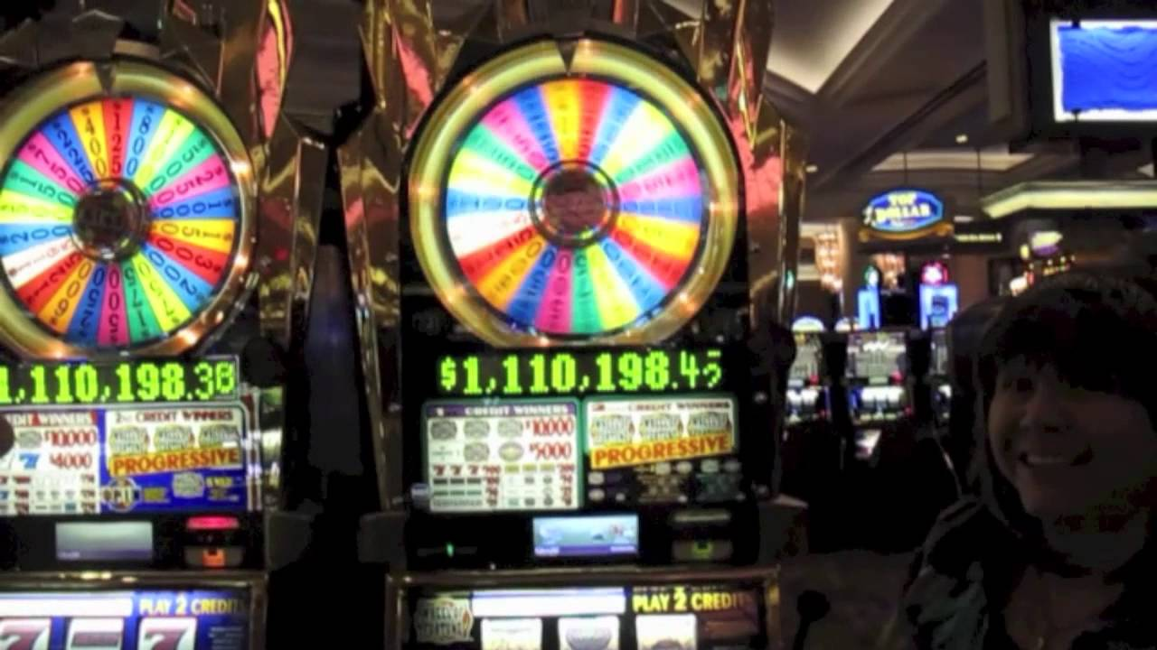 Wheel of fortune slot machine photos top gambling games in vegas