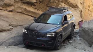 Testing 2017 Jeep Grand Cherokee Trailhawk for the first time in Bo...