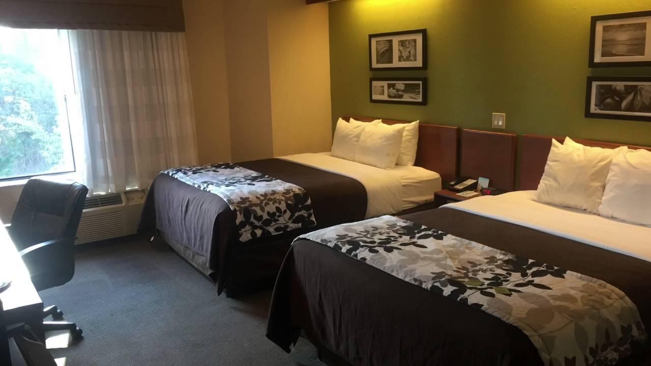 Quality Inn & Suites Augusta, GA Near I-20 Room Tour - YouTube