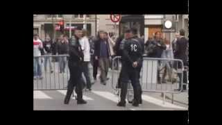 Champions League: Chelsea and PSG supporters clash before match