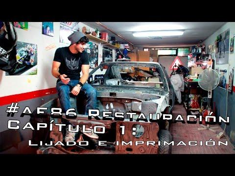 Restaurando AE86, #1: lija e imprimación en el garaje de casa!