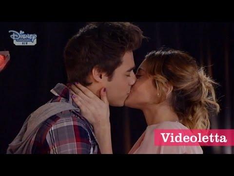Violetta 3 English: Violetta and Leon Kiss Ep.20