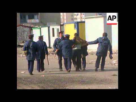 ALBANIA: PORT OF DURRES IS THROWN INTO CHAOS